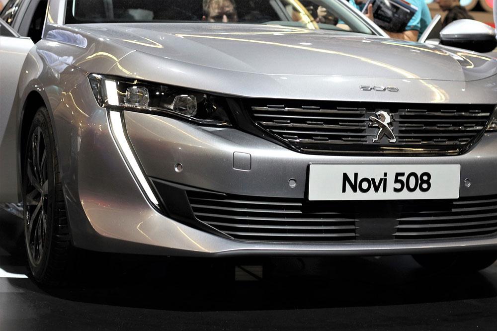 Peugeot-508-novaya-model'